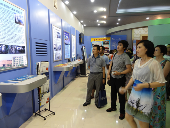 学员参观广州孵化基地